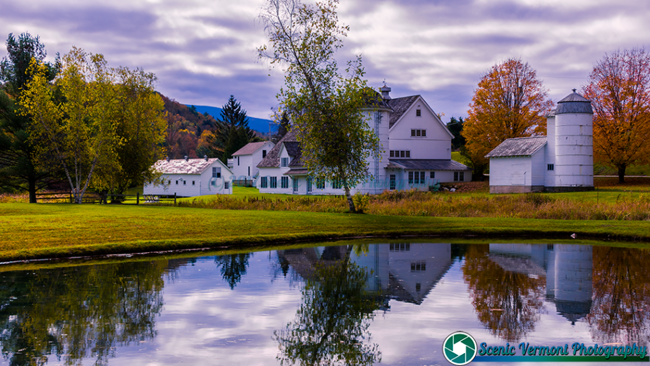 A cloudy autumn morning in Arlington Vermont.